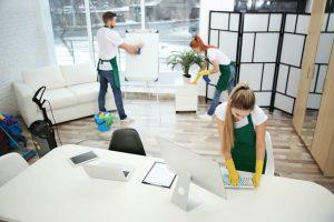 4 причины, по которым вашему малому бизнесу нужны коммерческие услуги по уборке.