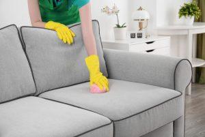 6 советов для чистки обивки мебели